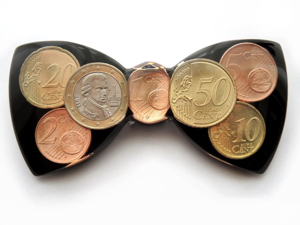 Martin Mascherl Manufaktur Euro Münzen In Transparentem Kunstharz